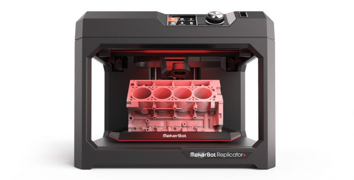 makerbot replicator with model